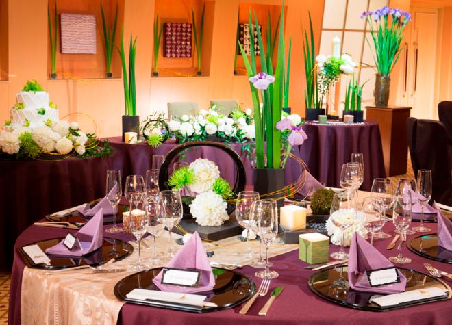 結婚式で家族が末席に座るのは「しきたり」か「想い」か。海外では近くにいるのが当然?!